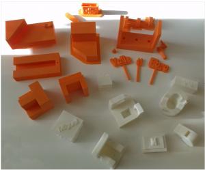 Objetos impresos en el seminario de impresión 3D organizado por el CAP de Tudela